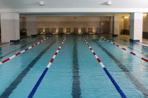 Le palestre di milano con piscina e terrazza solarium - Piscina assago milano ...
