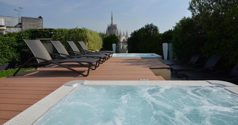 Le Palestre Di Milano Con Piscina E Terrazza Solarium