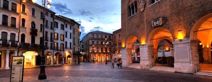 Aperitivi Locali E Serate A Treviso